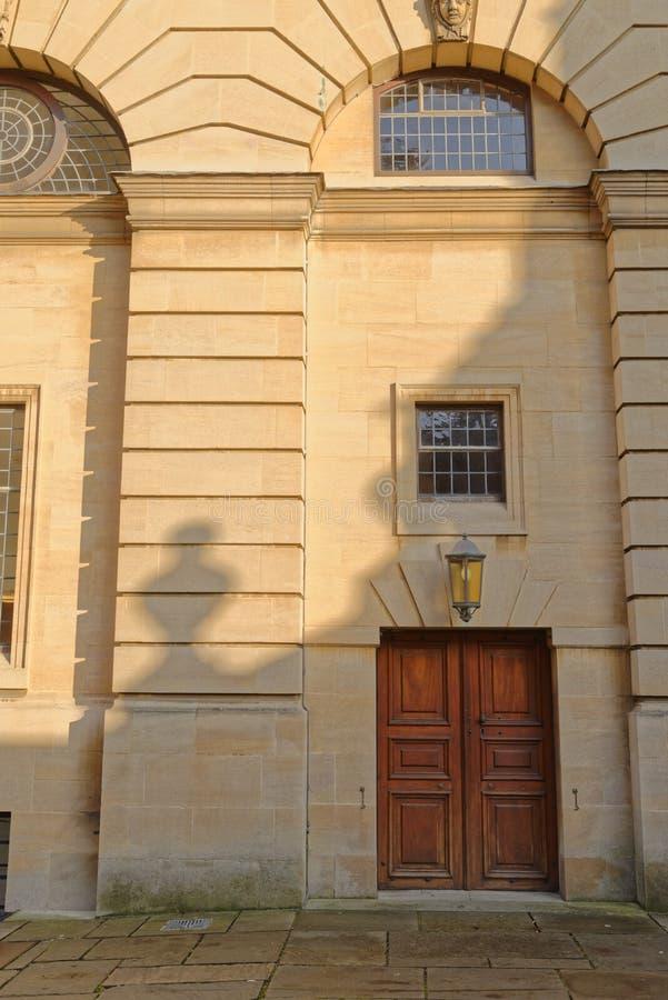 Porta velha do teatro, Oxford, Inglaterra imagem de stock