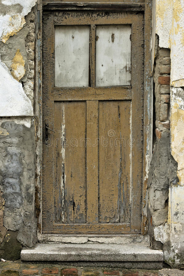 Download Porta velha imagem de stock. Imagem de casa, decorativo - 29849147