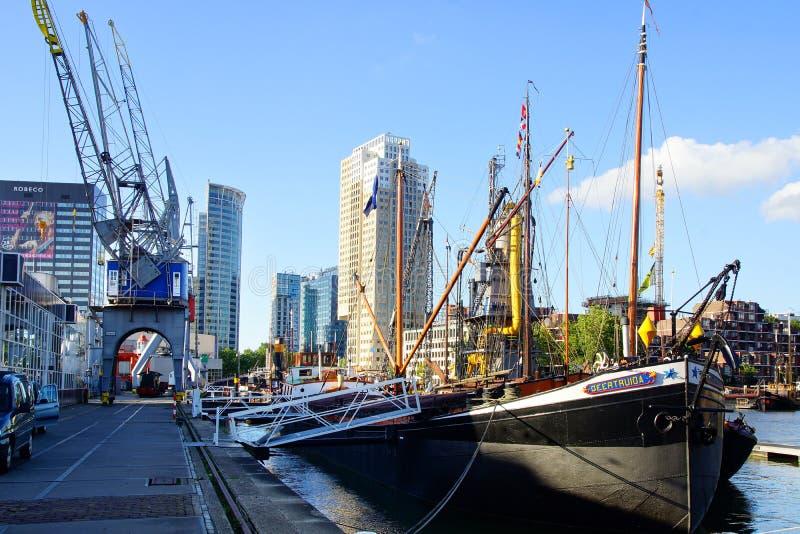 Porta velha em Rotterdam. fotos de stock