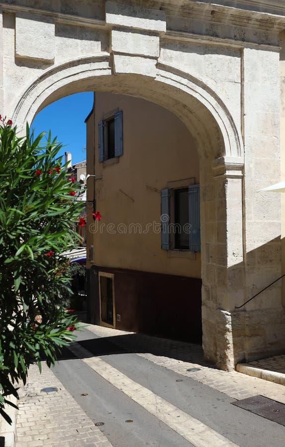 A porta velha famosa de St Paul, Saint-Remy-de-Provence, França fotografia de stock royalty free