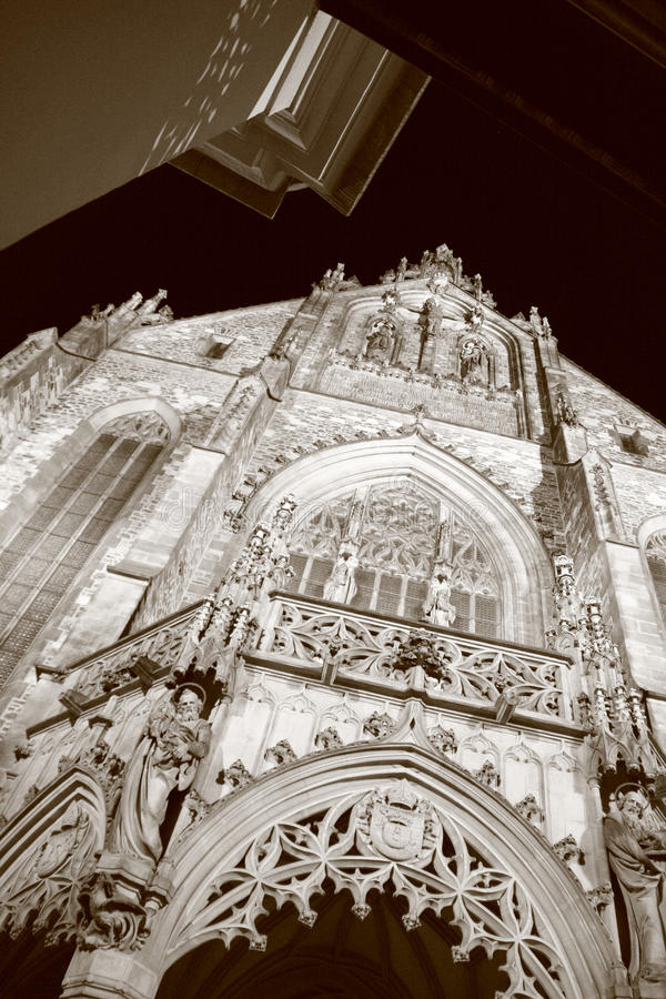 Portaal van St. Peter en de Kathedraal van Paul stock foto's