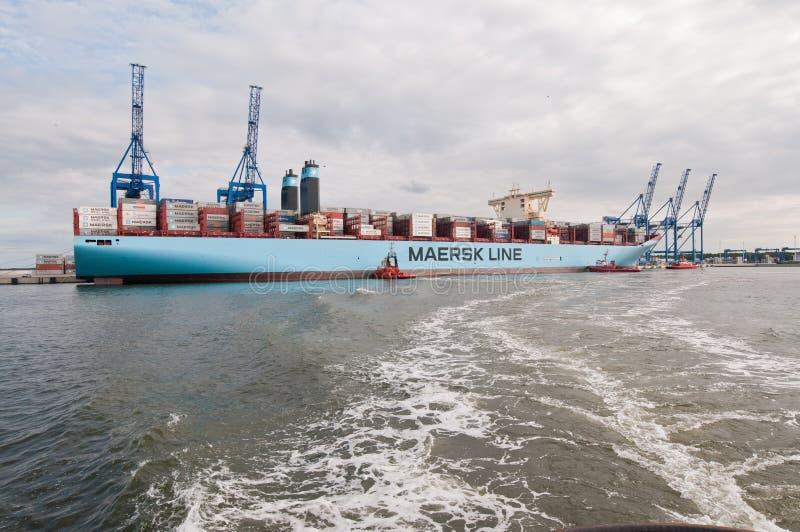 Portacontenedores de Maersk foto de archivo libre de regalías