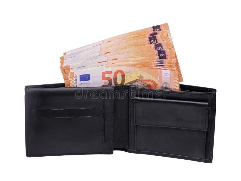 Portafoglio aperto in pieno dei soldi di 50 banconote dell'euro isolati su bianco fotografie stock