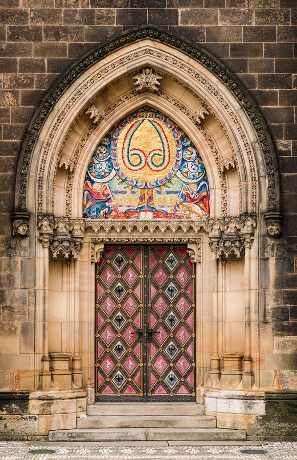 Portail gothique de St Peter et de Paul, Prague photo libre de droits