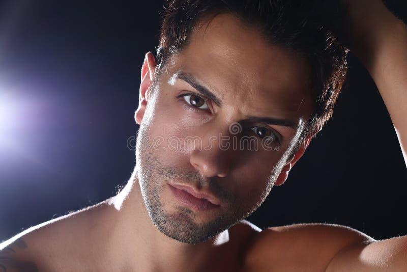 Portait van een knap mannelijk model royalty-vrije stock foto's