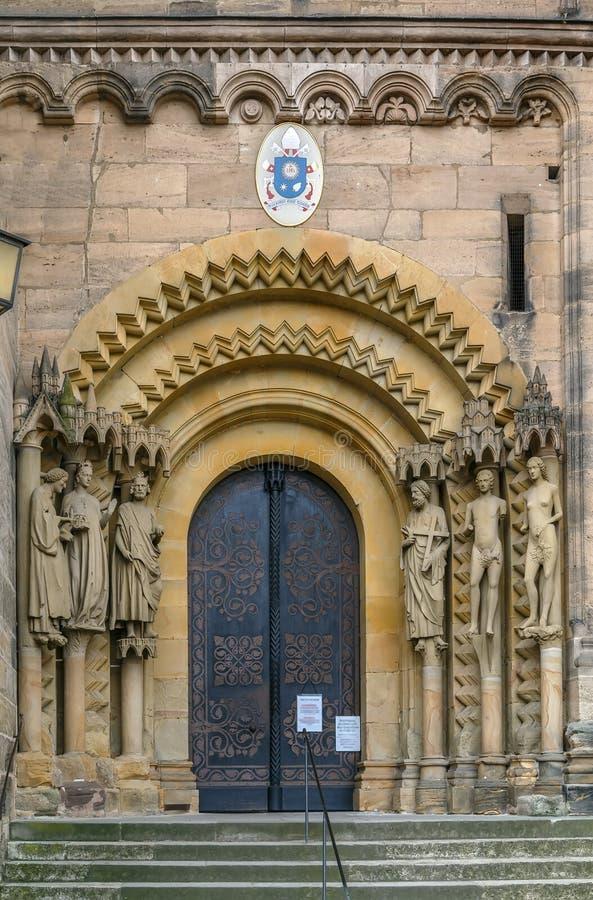 Portal av den Bamberg domkyrkan, Tyskland arkivbild