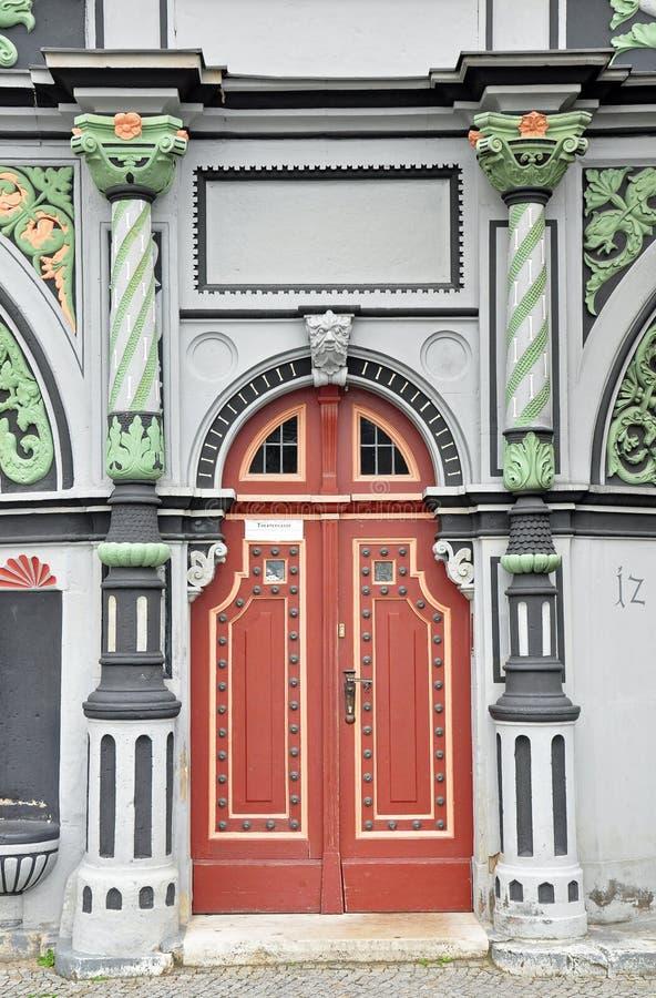 Download Portal Av Det Cranach Huset I Weimar Fotografering för Bildbyråer - Bild av klassiskt, dörr: 37346815