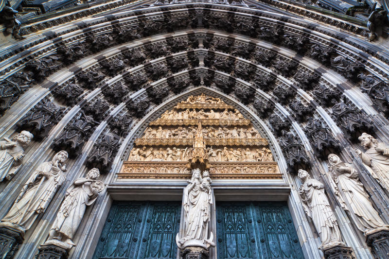 Portal da catedral de Colónia fotografia de stock royalty free