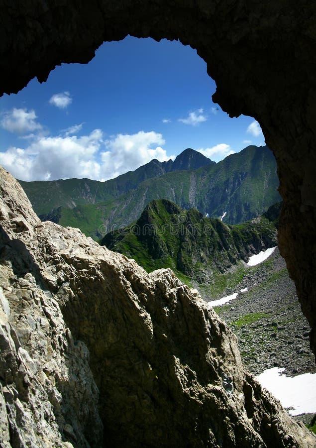 Portal de la montaña en Rumania fotografía de archivo libre de regalías