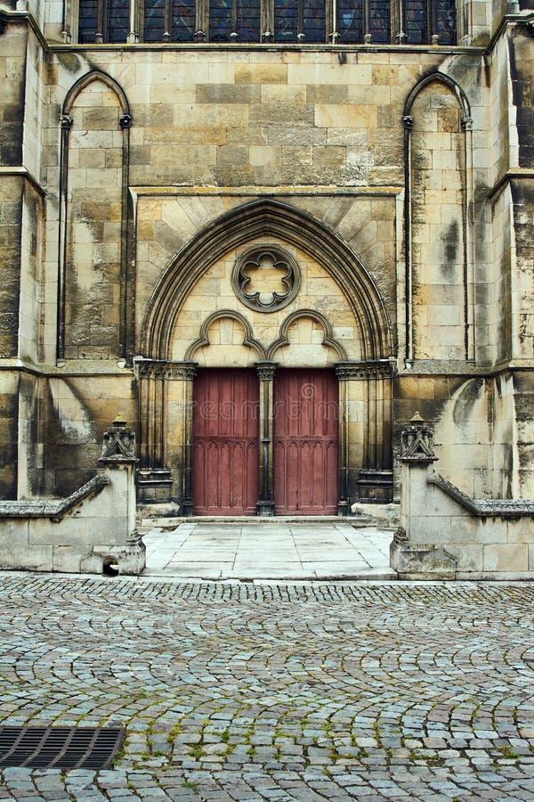 Portal gótico da catedral de Troyes foto de stock royalty free