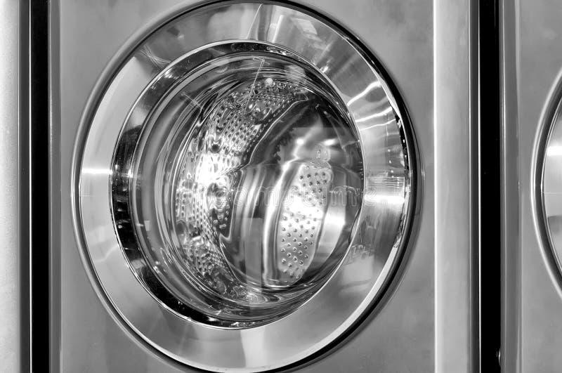 Portal redondo da carga da máquina de lavar industrial imagens de stock
