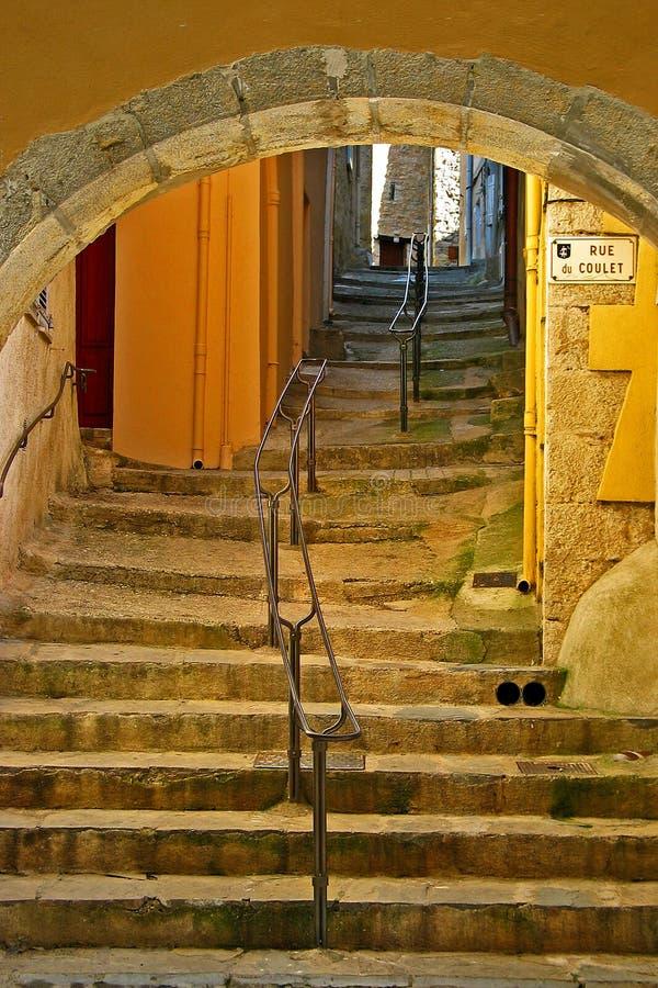 Portal und Treppenhaus lizenzfreie stockfotografie