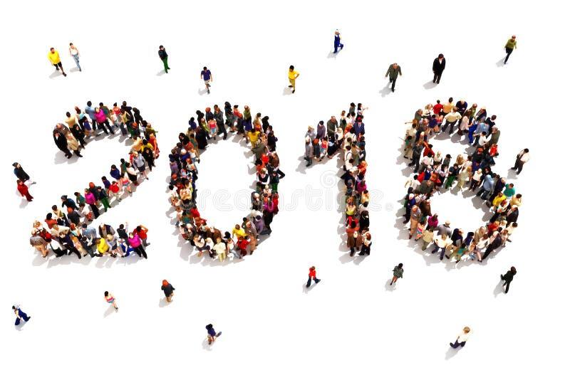 Portando durante il nuovo anno Grande gruppo di persone che formano la forma di 2018 che celebra un concetto del nuovo anno su un fotografie stock libere da diritti