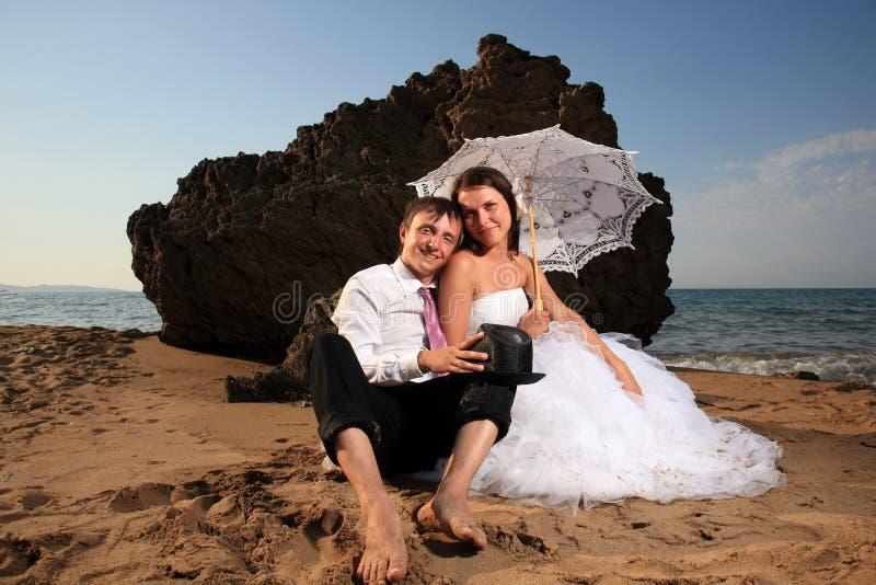 Download Noivos foto de stock. Imagem de praia, retrato, menina - 29833454