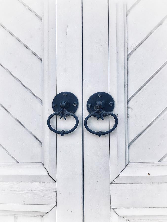 portas brancas de madeira fotografia de stock royalty free