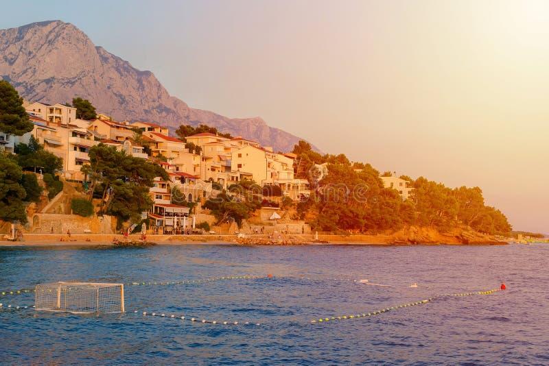 Portas do polo aquático no mar na praia, croatia fotos de stock royalty free