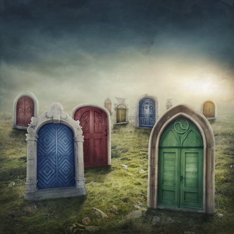 Portas fechados no prado fotografia de stock
