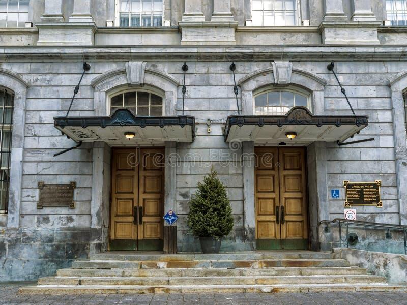 Portas laterais da câmara municipal de Montreal fotografia de stock