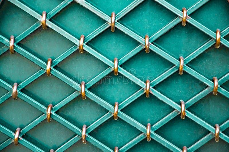 Portas magníficas do ferro forjado, forjamento decorativo, close-up forjado dos elementos foto de stock
