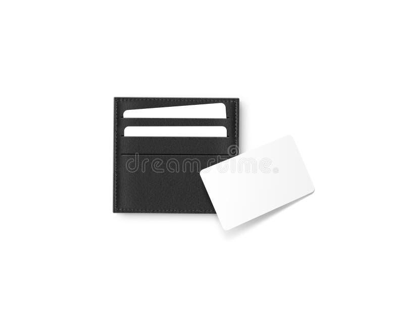 Portatarjetas de cuero negro con mofa blanca en blanco de la tarjeta para arriba imágenes de archivo libres de regalías