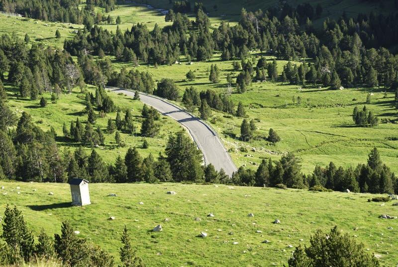 Portd'Envalira, berglandskap i Andorra fotografering för bildbyråer