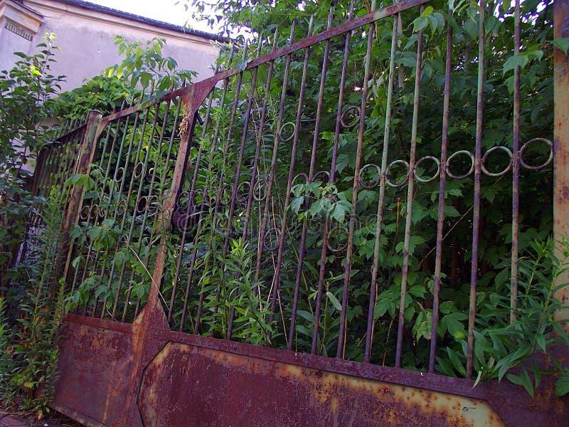 Porte abandonnée photo libre de droits
