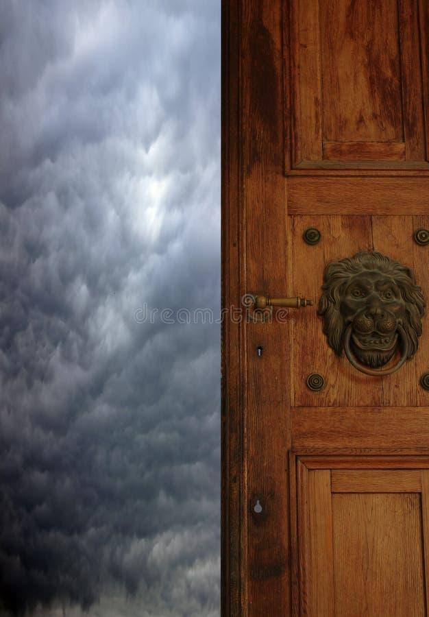 Porte au ciel images stock