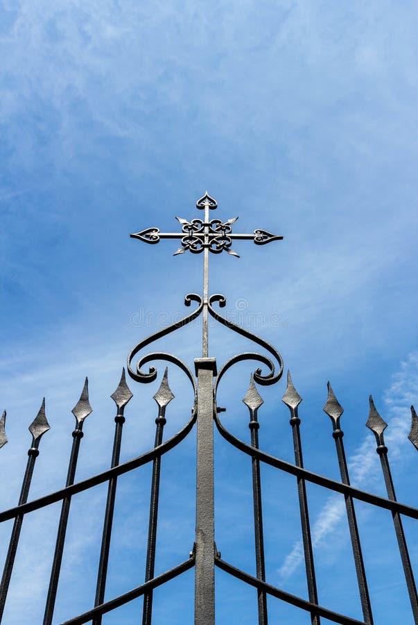 Porte avec la croix photo libre de droits