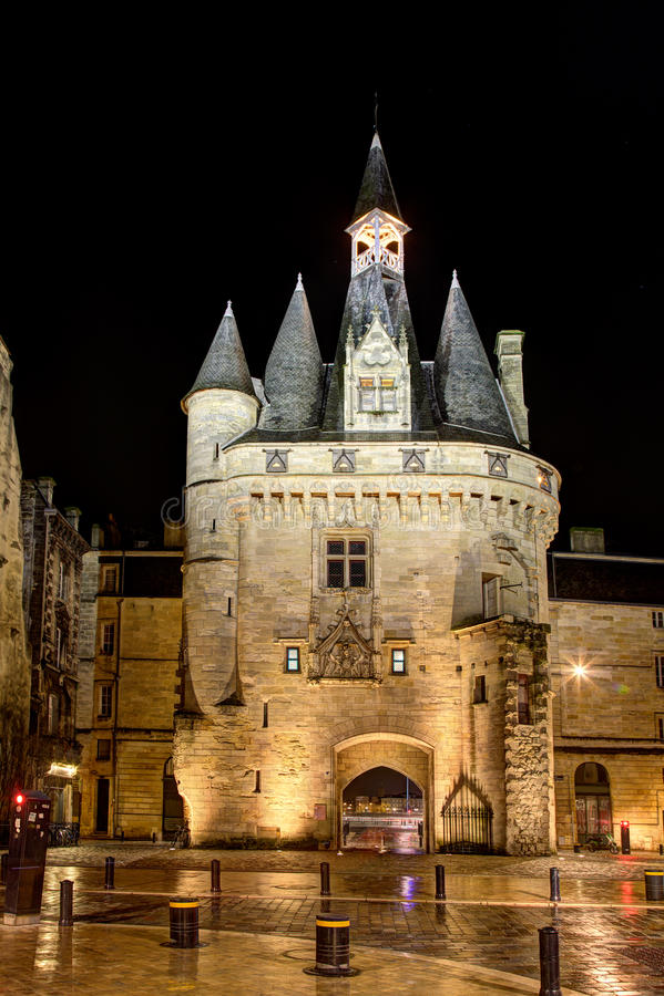 Download Porte Cailhau, Bordeaux Royalty Free Stock Images - Image: 29029069