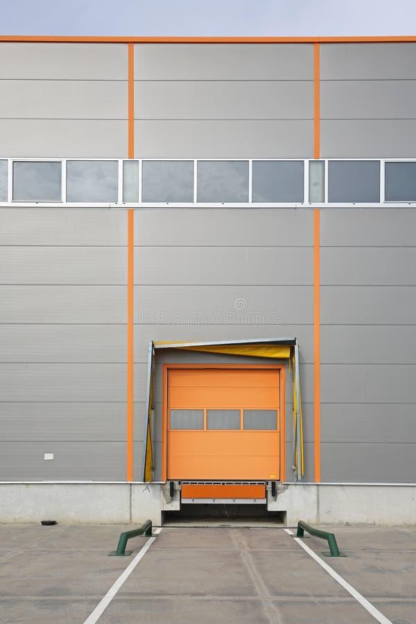 Porte cargo de dock d'entrepôt photo libre de droits