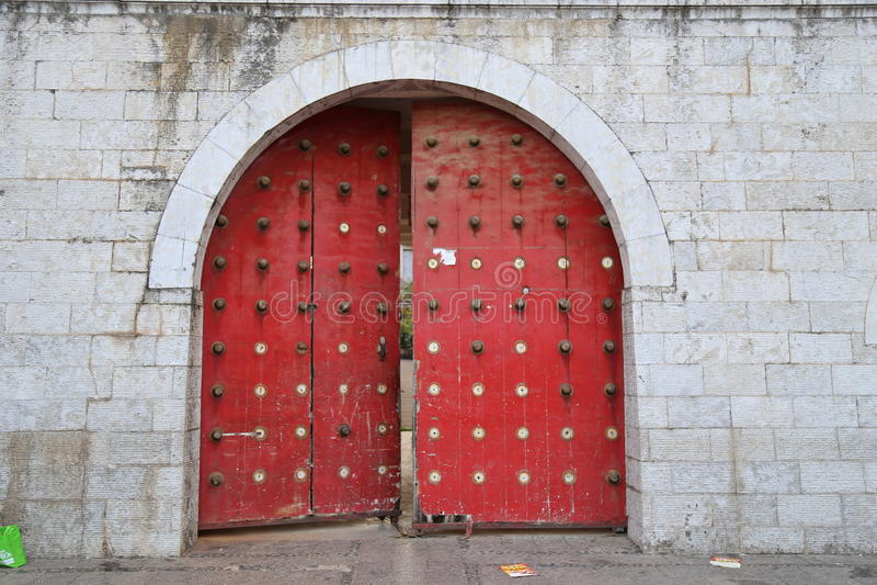 Porte chinoise antique photographie stock