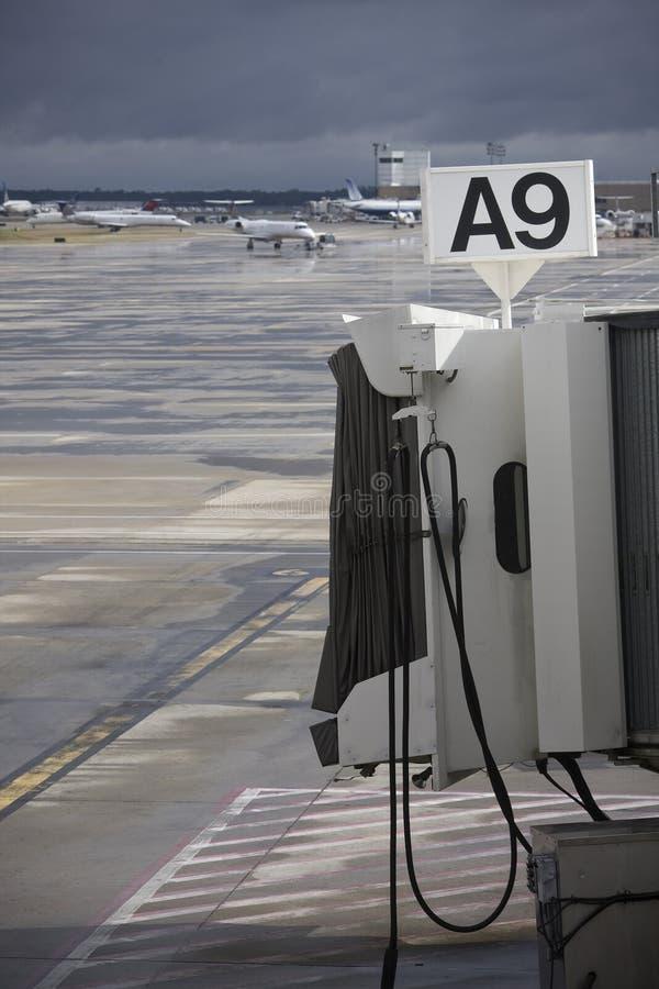 Porte d'aéroport photographie stock libre de droits