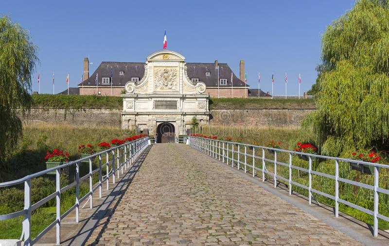 Porte dans la vieille forteresse Lille, France image stock