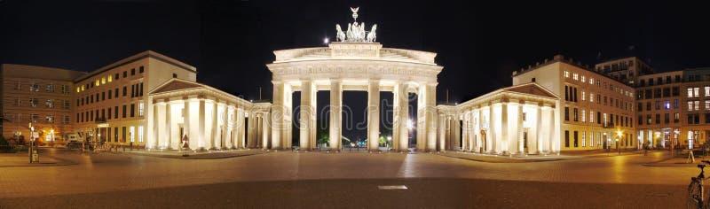 Porte de Brandebourg de panorama, Berlin photos libres de droits