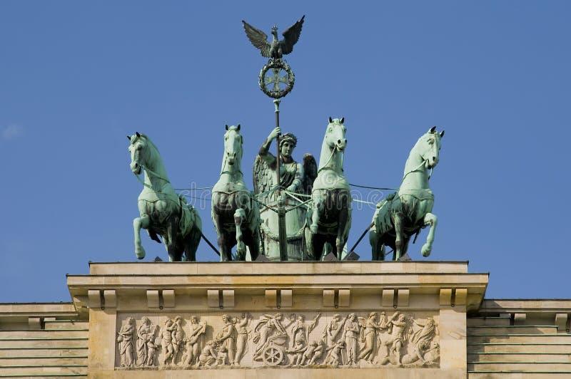 Porte de Brandenburger à Berlin images libres de droits