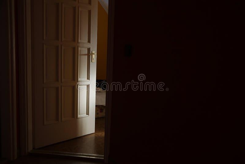 Porte de chambre à coucher photo libre de droits