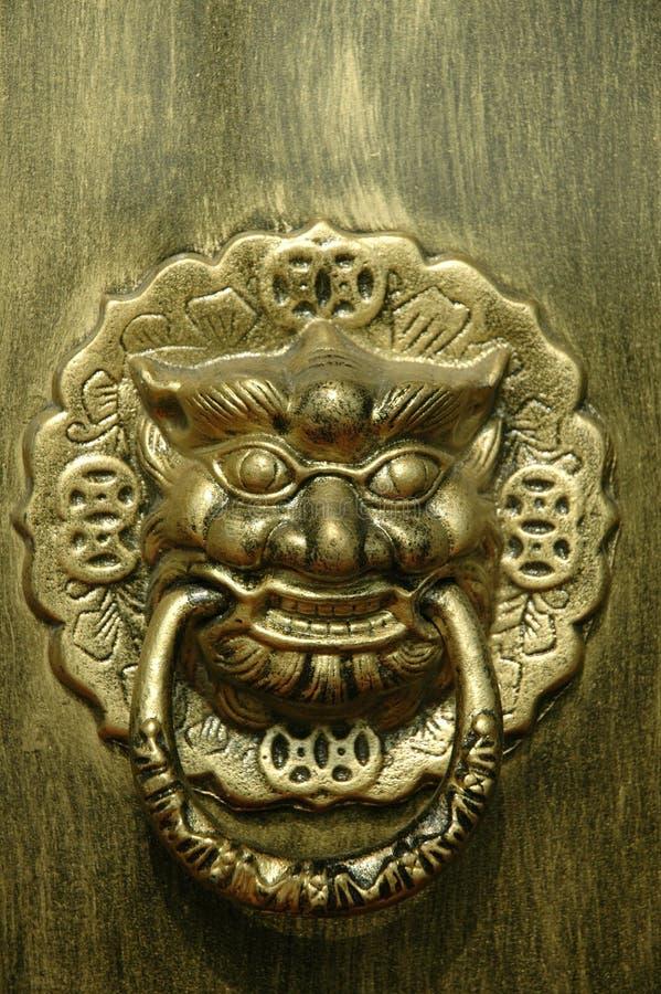 Porte de dragon ou de lion photos libres de droits