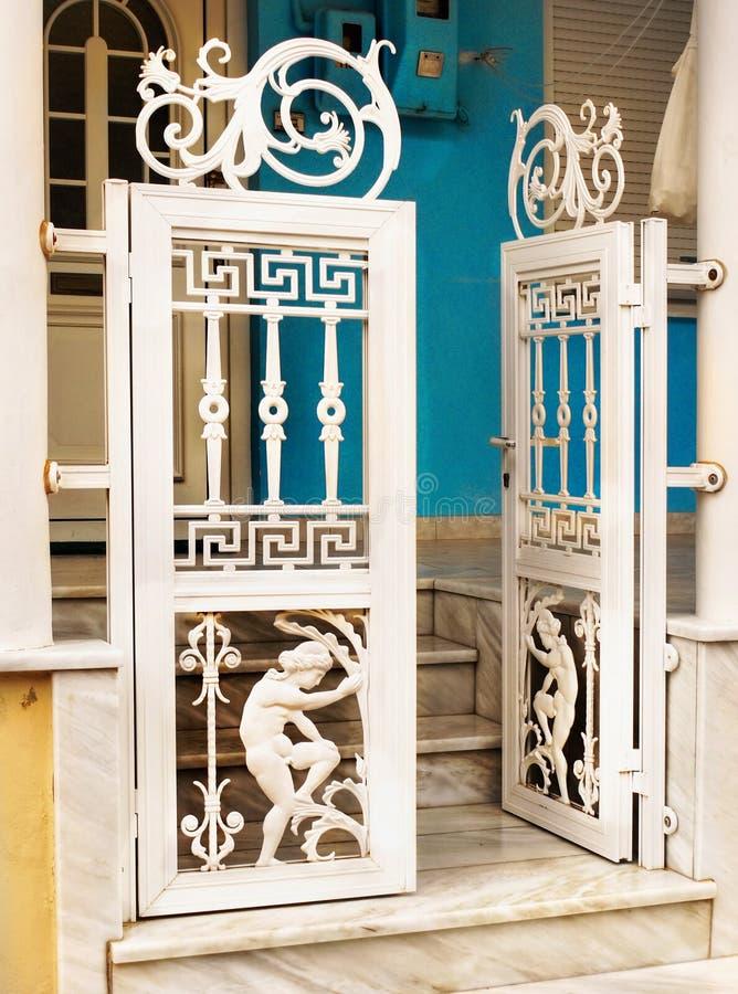 Porte de motif du grec ancien photographie stock