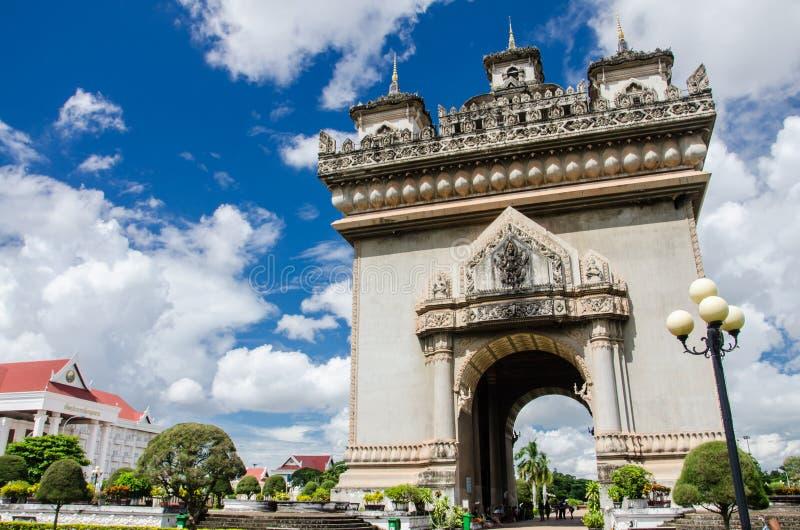 Porte de Patuxai à Vientiane photos libres de droits