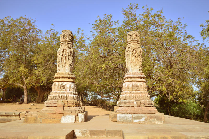 Porte de Polonais ou d'enterance au temple de Modhera Sun, Goudjerate image stock