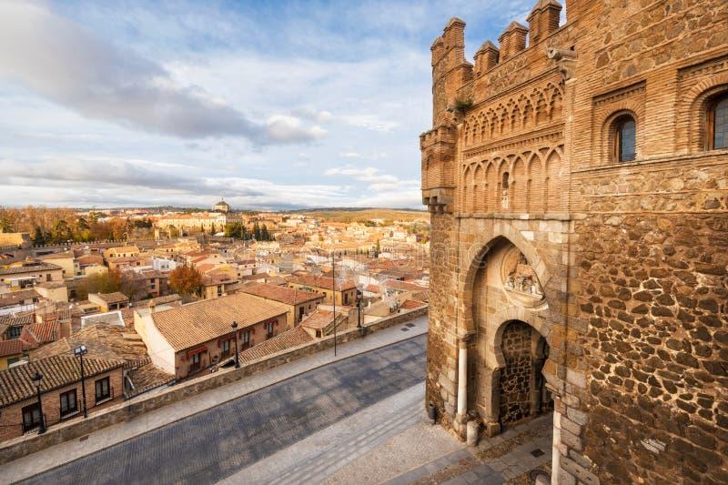 Porte du soleil, entrée historique à la ville médiévale de Toledo, Espagne image stock