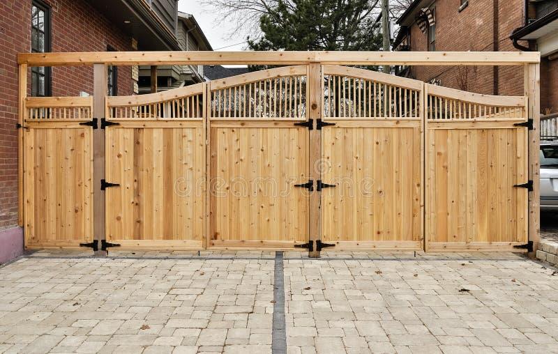 Porte en bois photos libres de droits