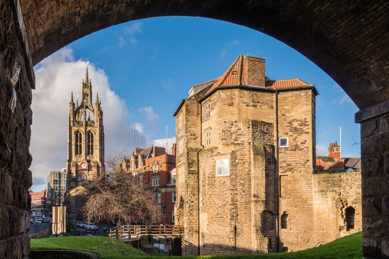 Porte et St noirs encadrés Nicholas Cathedral photo stock
