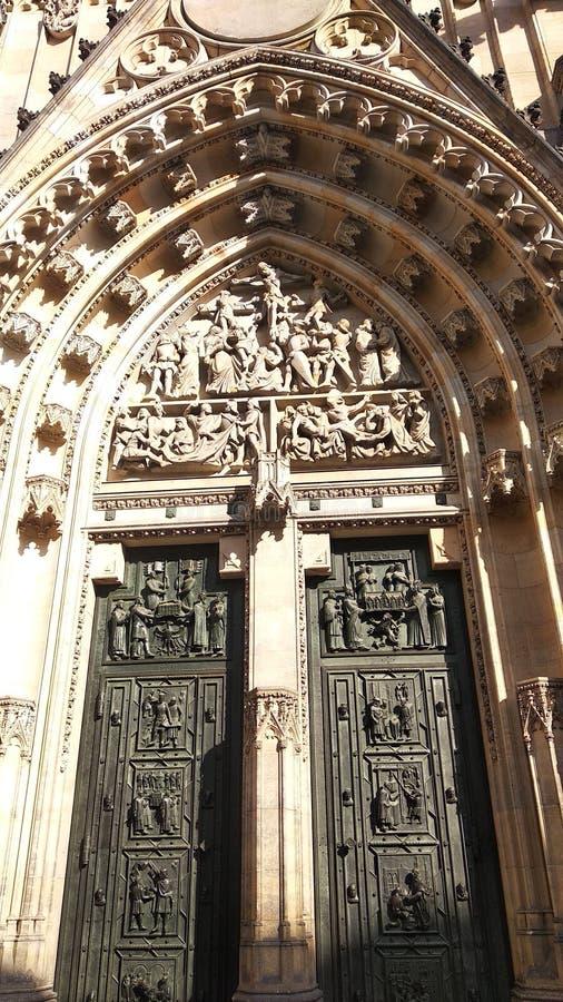 Porte incroyable à Prague photo libre de droits