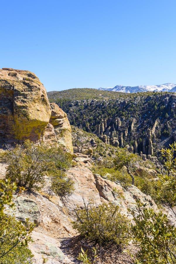 Porte-malheur de roche de monument national de Chiricahua photos stock
