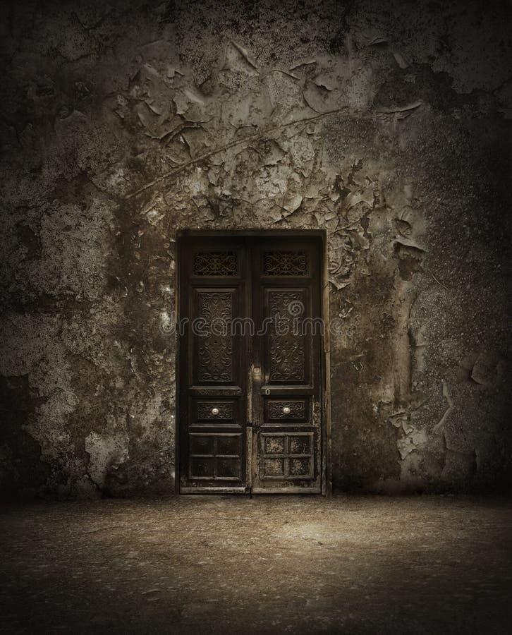 Porte mystérieuse photo stock