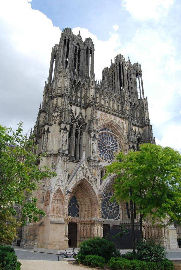 Porte occidentale de cathédrale de Reims photos stock
