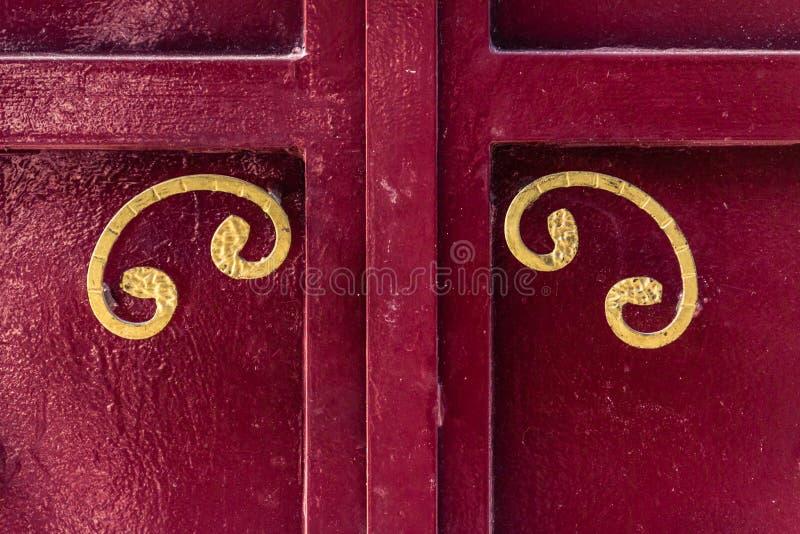 Porte rouge images libres de droits