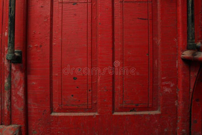 Porte rouge de chariot image libre de droits