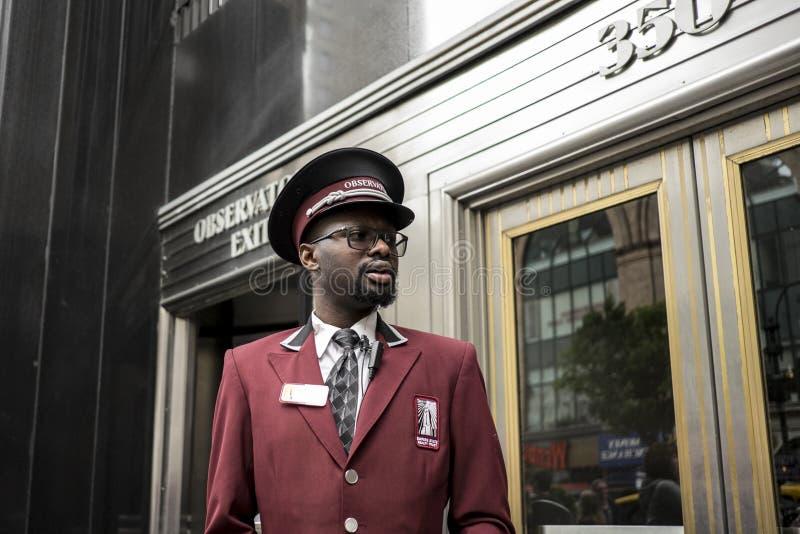 Porteiro do Empire State Building imagens de stock royalty free